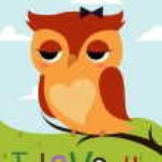 Cartoon owl on a tree branch card — Stock Vector #48731527