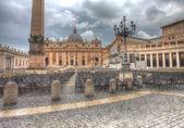 Saint Peter's square in dramatic lighting — Zdjęcie stockowe