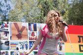 Female Transgender singer — Stock Photo