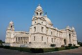 Construcción masiva del monumento de la victoria de calcuta en el soleado día — Foto de Stock