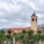 Catholic church in the mountains — Stock Photo