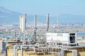 Equipamentos de refrigeração industrial no telhado. — Foto Stock
