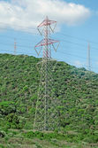 Hoogspanning ac transmissie torens. — Stockfoto