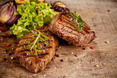 Bifes de carne — Foto Stock