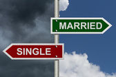Married versus Single — Stock Photo