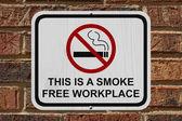 Smoking Free Workplace Sign — Stock Photo