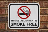 Smoking Free Establishment Sign — Stock Photo