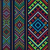 Variantes del color étnico ornamento — Vector de stock