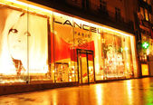 Shopping in Paris — Stock Photo