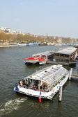 Floden seine i paris, frankrike — Stockfoto