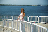Beautiful young woman — Stockfoto