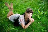 Beautiful young girl in meadow — Foto de Stock