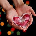 Hand holding heart — Stock Photo