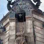 ������, ������: Ferdinand Statue Columbus Monument Barcelona Spain