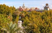 Plaza nueva ferdinand statue kirche el salvador sevilla spanien — Stockfoto