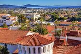 裁判所の家オレンジ屋根建物太平洋サンタ バーバラ c — ストック写真