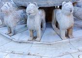 Alhambra Endülüs avlusu aslan heykeli granada andalus çeşme — Stok fotoğraf