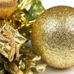 Golden Bauble — Stock Photo #12645857