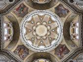 Church of San Lorenzo, Turin, Italy — Stock Photo