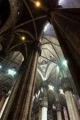 イタリア、ミラノのドゥオーモ教会の内部 — ストック写真