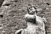 Statue of man with no hands, Sforza's Castle in Milan — Stock Photo