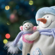 Snowman with his little baby — Stock Photo