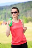 Frau joggen — Stockfoto