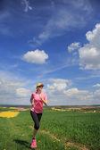 Jogging kvinna — Stockfoto