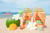 Ocean Beach with exotic coctail — Stock Photo