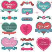 Valentine heart shaped decoration and ribbons — Vecteur