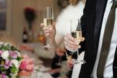 Con copas de champán — Foto de Stock