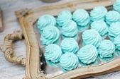 Mint pastila on wooden tray — Stock Photo
