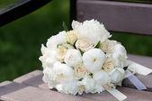 Beautiful wedding flowers bouquet — Fotografia Stock