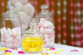 Sweet table or candy bar — Stock Photo