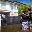 Flood waters overtake house in Thailand — Stock Photo #12485796