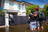 Flood waters overtake house in Thailand — Stock Photo