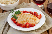 Chicken with tomato and rice integral — Stock Photo