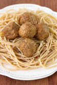 Meatballs with spaghetti in white plate — Stock Photo