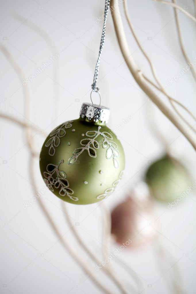 Beautiful christmas baubles hanging from white branches — Stok fotoğraf #12110813