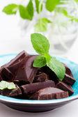 Chocolade met munt — Stockfoto