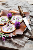 Crackers with chives — Stock Photo