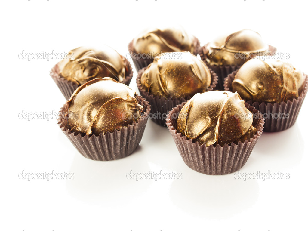 Gourmet champagne truffles derorated for New Year Eve celebration. — Stock Photo #15053255