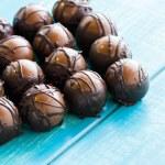 Chocolate truffles — Foto Stock #21245015