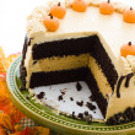 Pumpkin cake — Stock Photo #27076577