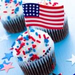 Cupcakes — Stock Photo #27593881