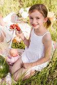 Girl at Family picnic — Stock Photo