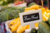 Farm fresh sing at market — Stock Photo