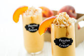 Peaches and cream cold drink — 图库照片