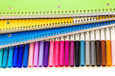 Markers and note books — Stockfoto