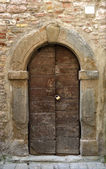 Italian wooden door — Stockfoto